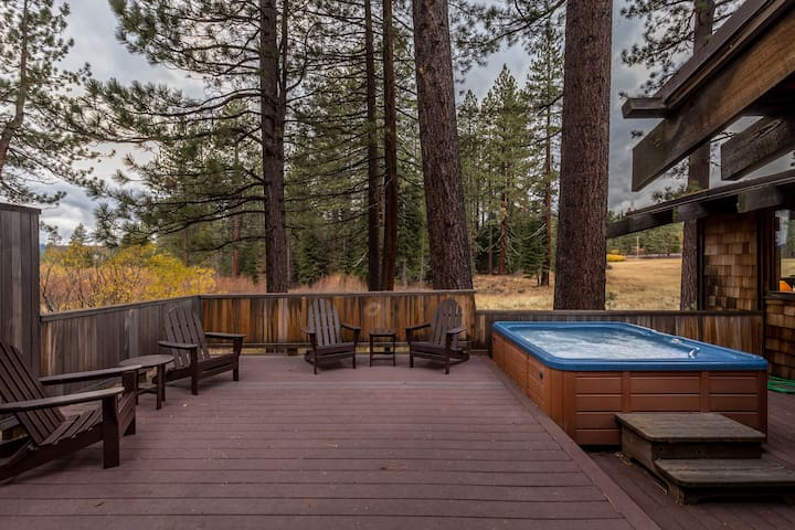 Classic Lake Tahoe Cabin and Meadow Sanctuary - Tahoe City - Ev