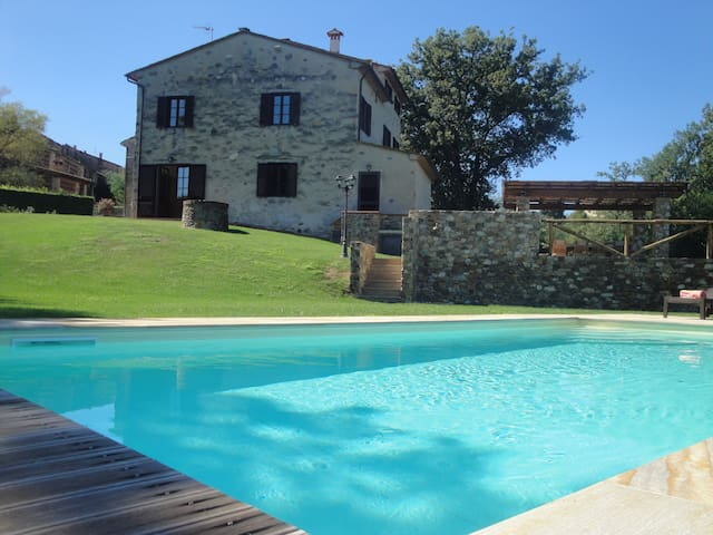 Villa Alexia - Self Catering House in Tuscany