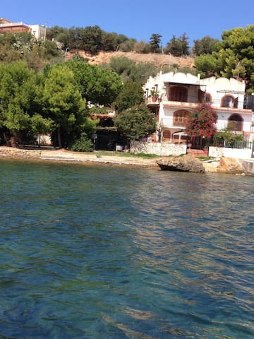 A Pochi km da Palermo sul mare