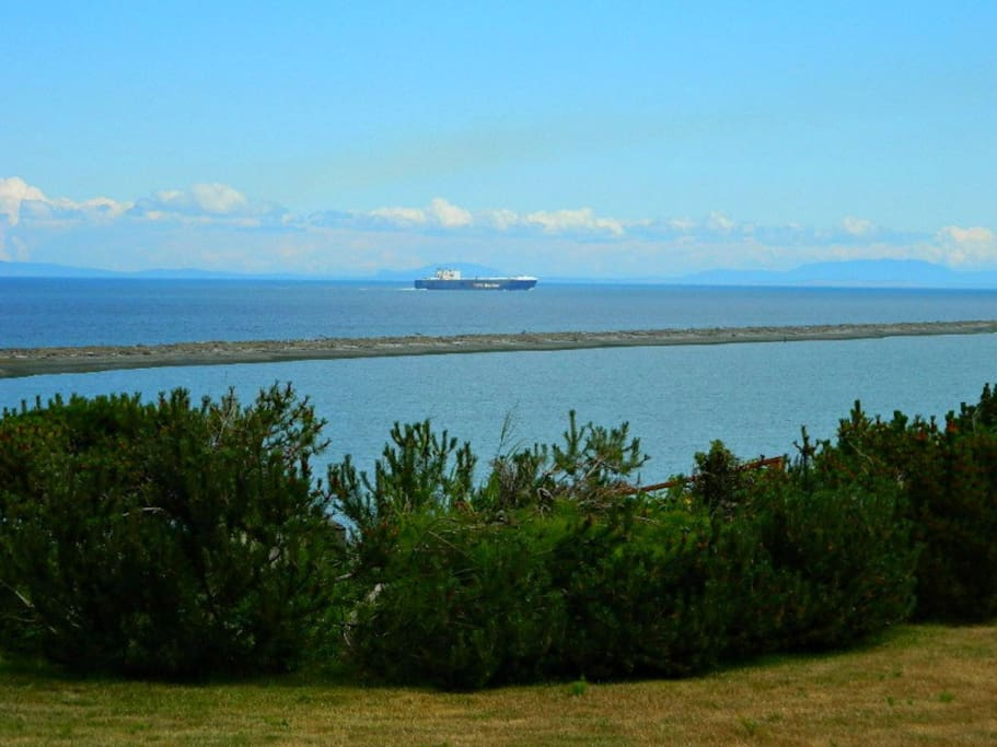 Stunning views of the Strait and Dungeness Spit