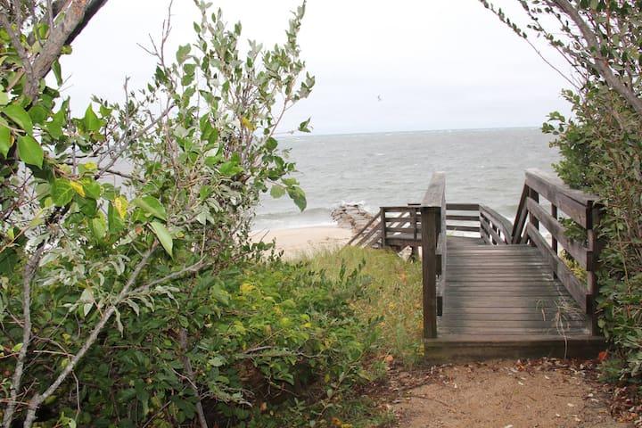 Beachside Cottage