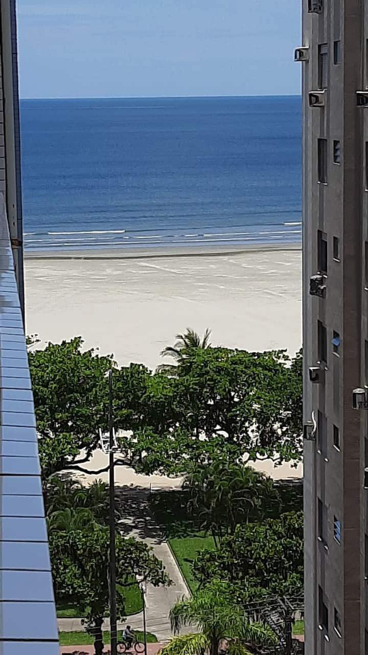 Kitnet em frente a praia no Gonzaga em Santos