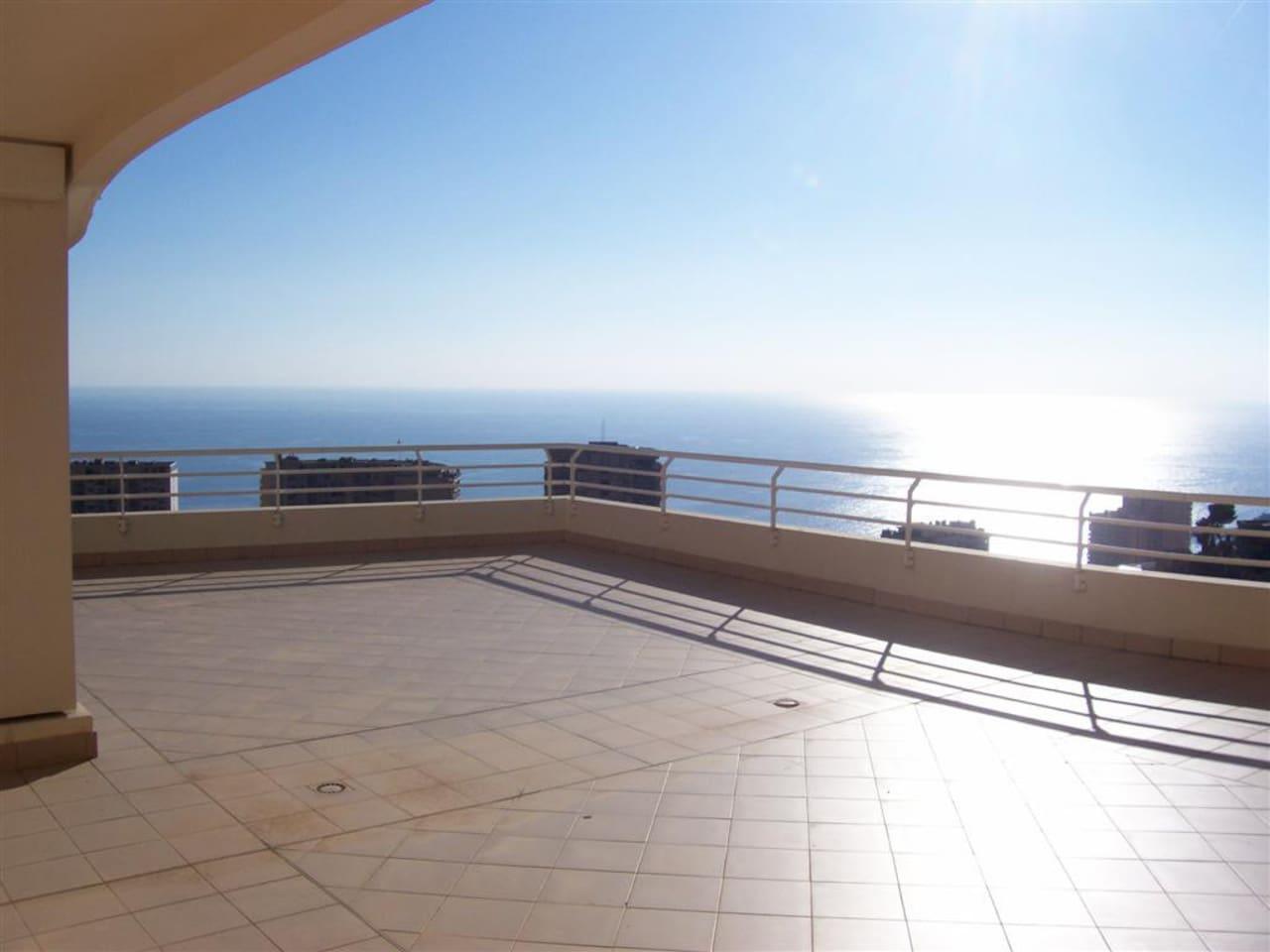 terrazza dell'appartamento con vista panoramica