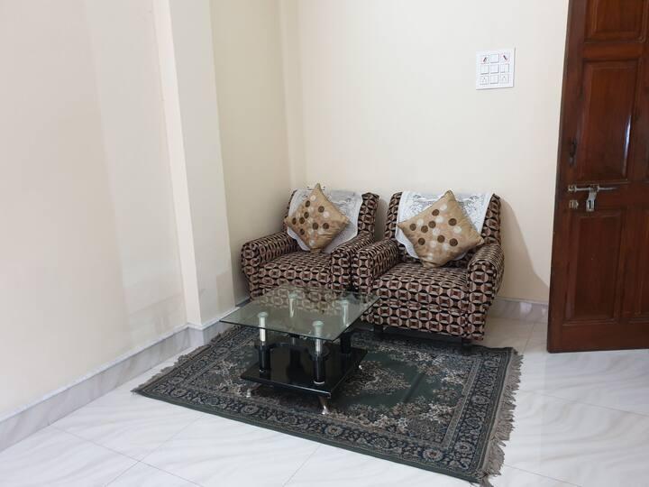 2 BD flat in Kankrgchi 20 min  Airprt,10m Apolo hs