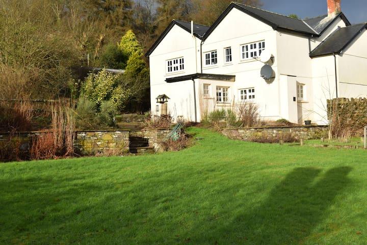 Onnenfawr Farm house - Crai - Haus