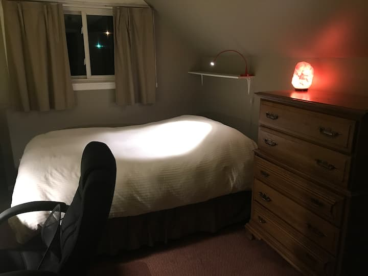 No extra cleaning fee, best value, hikers haven!
