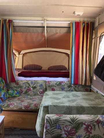 Mystic Canyon Retro Pop Up Trailer Sleeps 1 5