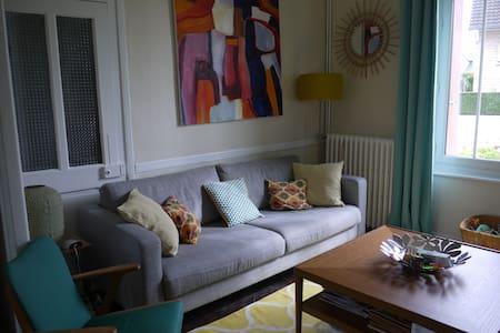 Jolie maison à 10min du centre - Caen