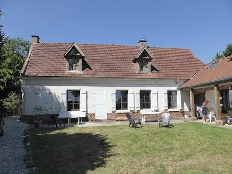 Chambre privée dans belle maison de campagne