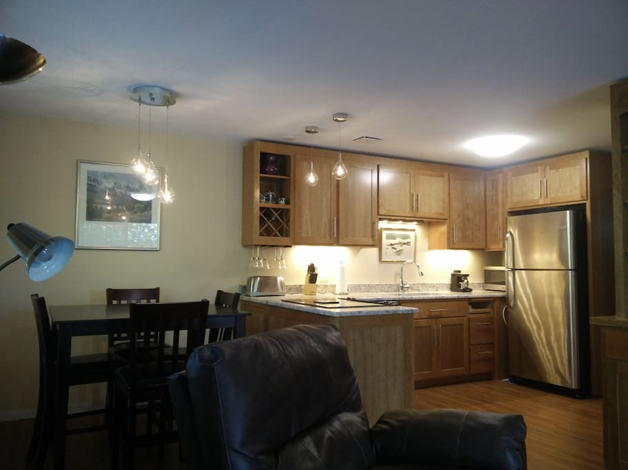 Crest view apartments for rent in eugene oregon united - 3 bedroom apartments eugene oregon ...