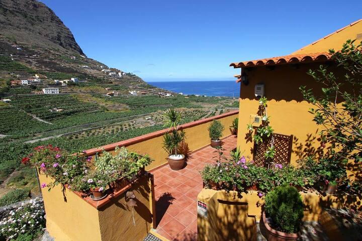 Bildschönes Landhaus mit Blick auf den Atlantik