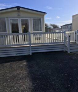 Rosedale Holiday Home - 5* Shorefield Country Park - Milford on Sea - Chalet