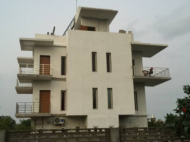 Villa badrinath