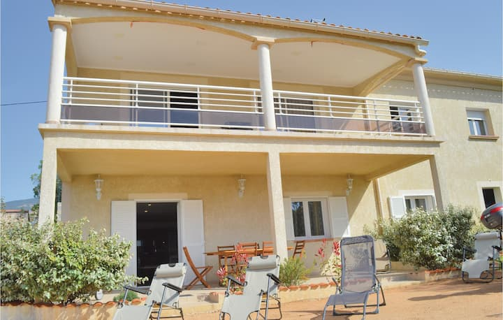 Holiday apartment with 2 bedrooms on 72m² in Afa