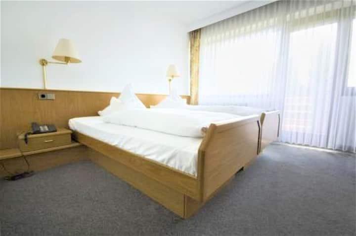 Hotel-Restaurant-Café EHRICH, (Schömberg (Landkreis Calw)), Einzelzimmer