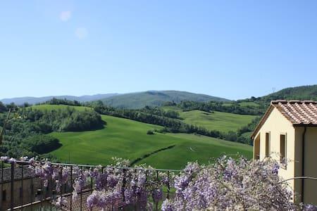 Tenuta Rocca di Sillano - in the heart of Tuscany - Casa