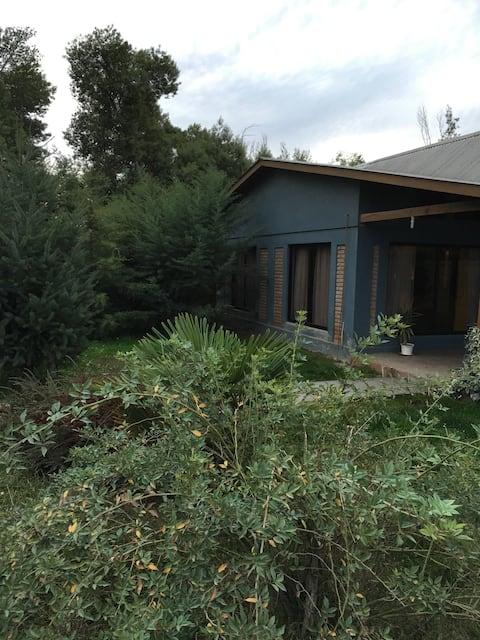 Casa de campo en la precordillera