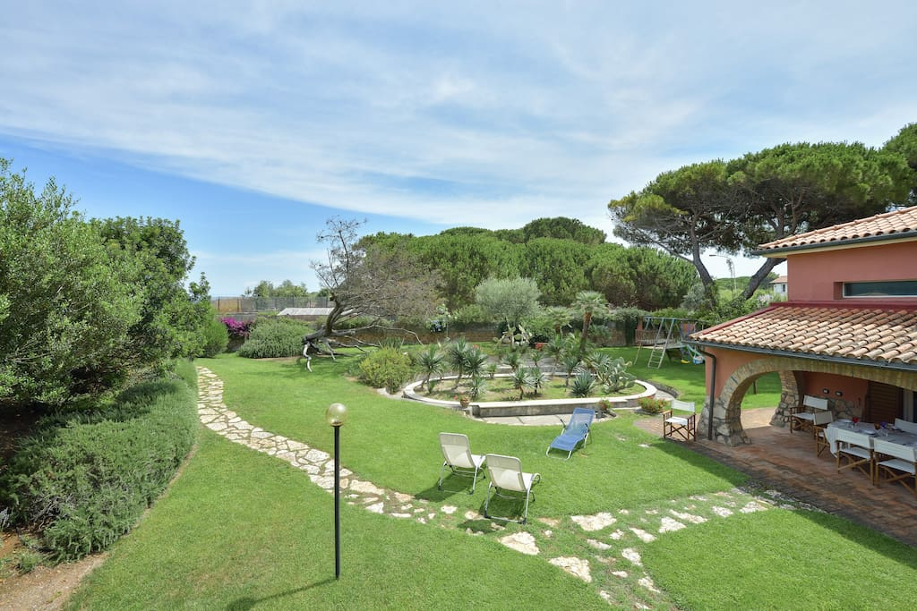 The villa and the garden - La villa e il giardino