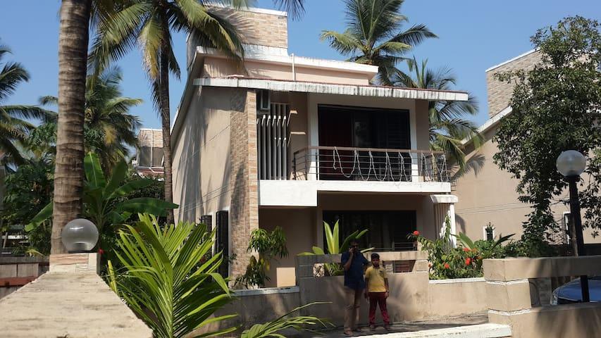 Landmark - Kalpataru : the weekend home!