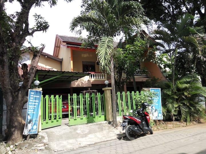 Zambert Cheap Inn and Guest House
