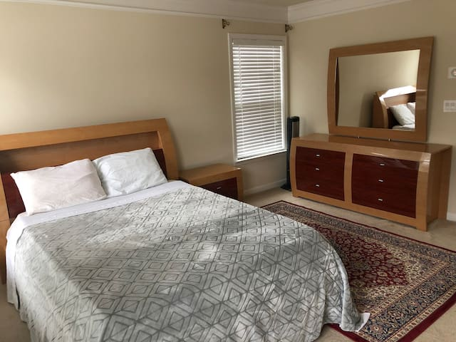 Master Bedroom in a Nice Neighborhood