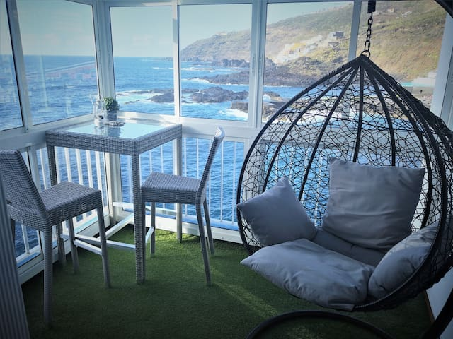 Studio facing the sea, Tenerife
