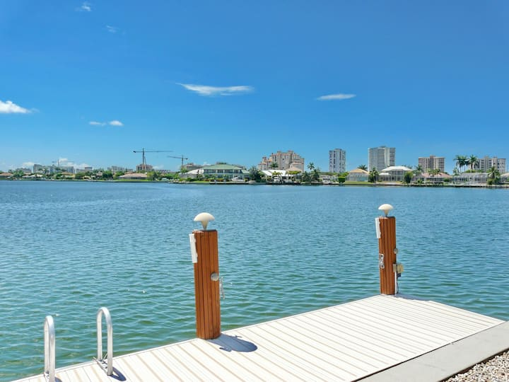 Stylish waterfront home w/ spectacular view, heated pool & hot tub