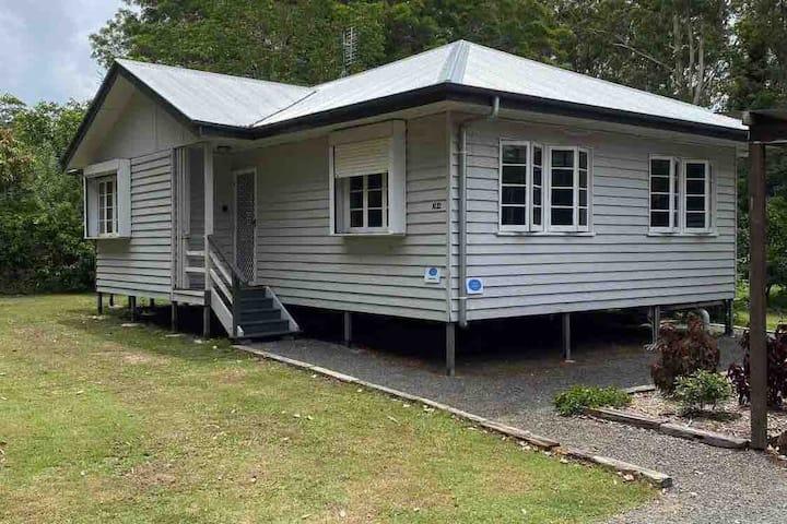 Fully Renovated Queenslander in beautiful Beerwah