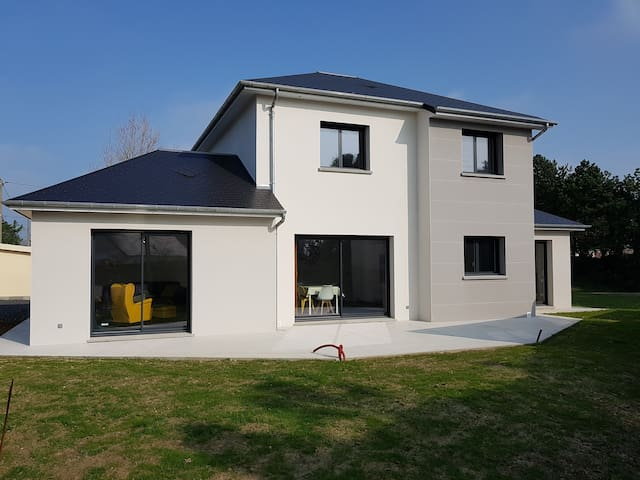 Villa spacieuse à 300 m de la plage en Normandie