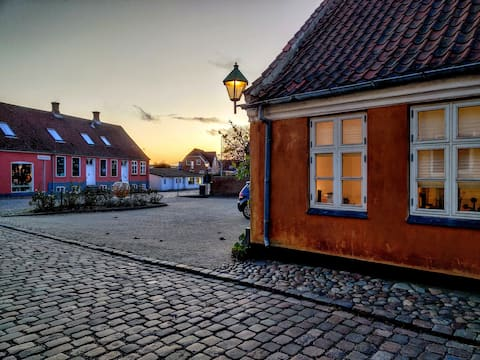 Small cozy townhouse in the center of Ebeltoft.