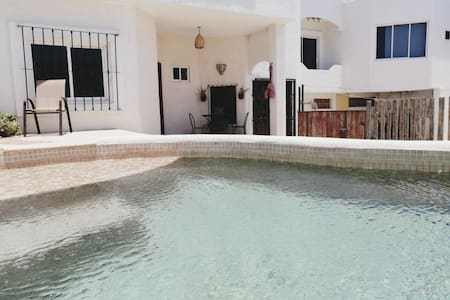Casa grande & alberca. House for 9 w/ private pool