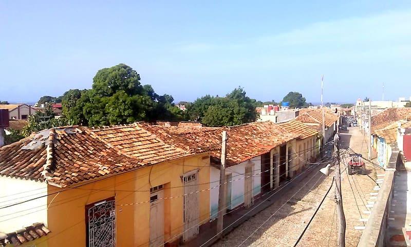 vista hacia la ciudad desde terraza 2do nivel