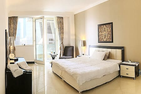 Private Ensuite Room in Doha - Sea view