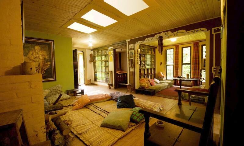 Cabaña Santuario del Agua Bhumi