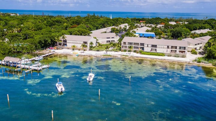 WATERFRONT IN ISLAMORADA  - BEACH ACCESS!