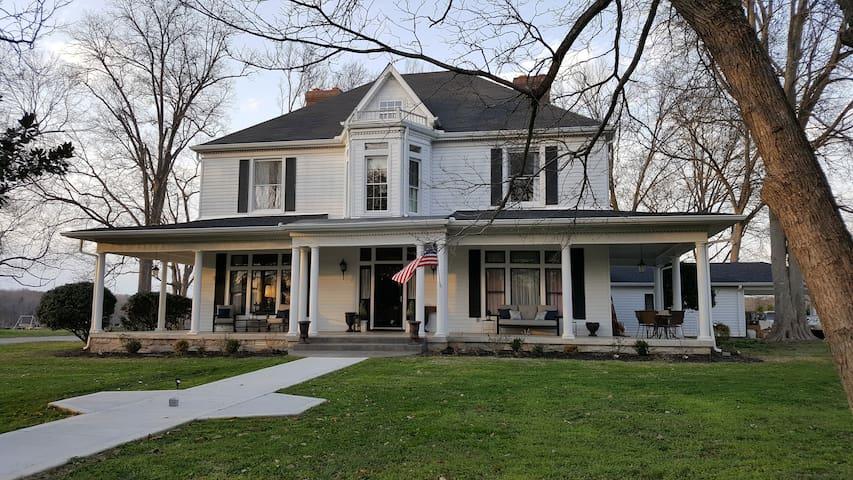 Farmhouse Inn - Centerville - Wikt i opierunek