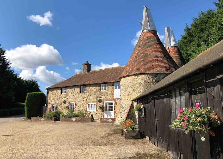 The Oast House, Ide Hill,  Hever, Edenbridge
