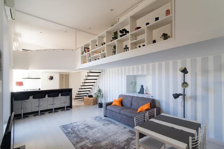 """Fior Di Loto"" Urban Loft -By House Of Travelers-"