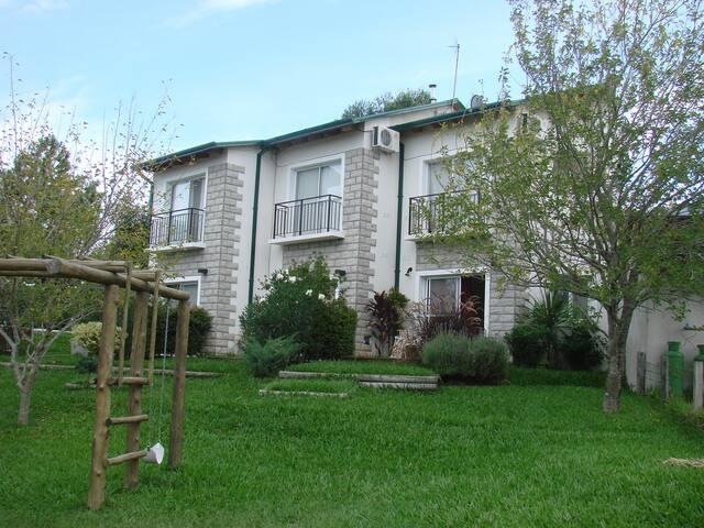 Descanso - A.Libre - Mucho Verde - Complejo Duplex - San José - Stuga