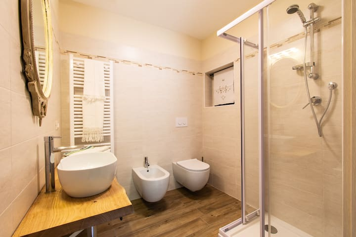 Camera Peonia - bagno