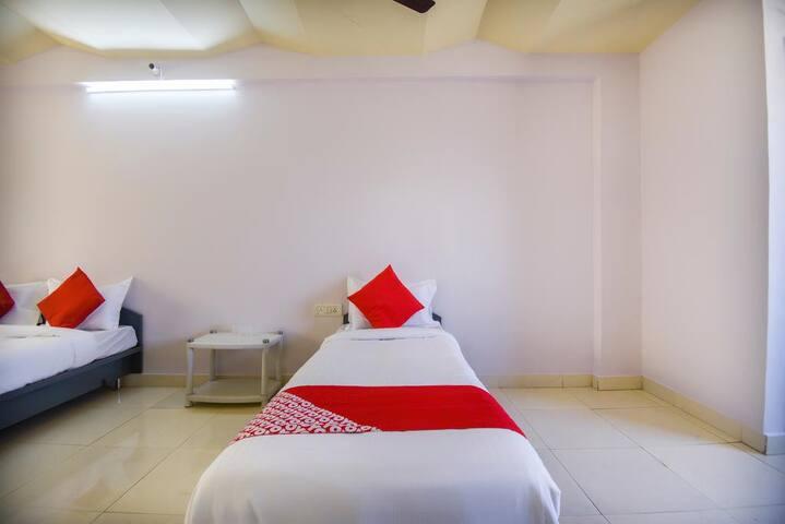 Deluxe room in OYO 69270 Ar Rooms