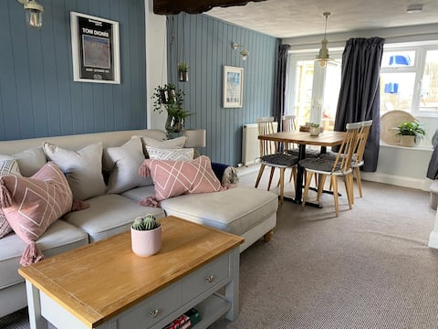 Fishermans cottage 50m from Sidmouth seafront