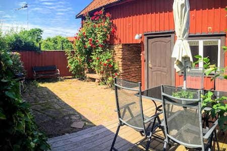 Cottage with private courtyard in ♥︎ of Borgholm