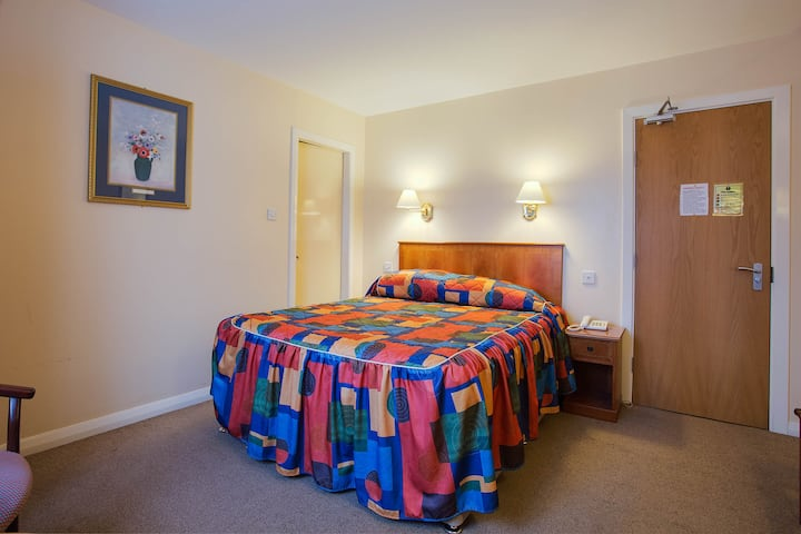 Cosy Standard Single Room