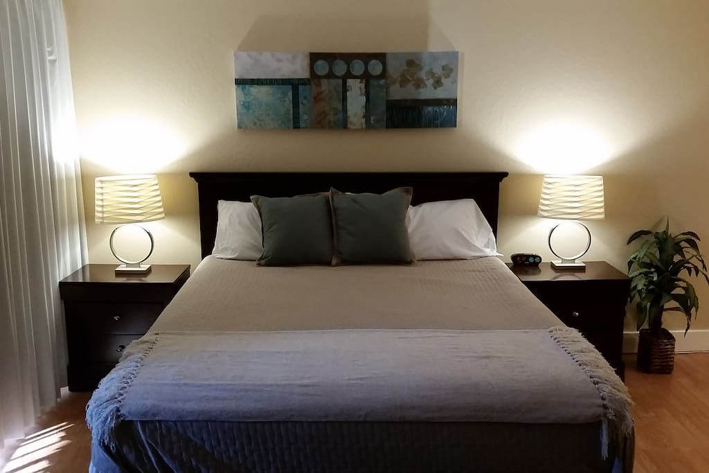 Very comfortable king size bed with new mattress.