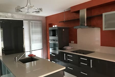 Appartement haut standing80m2/Ascenseur/parking