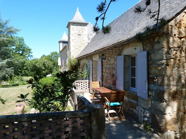 Cottage en pierre en Lot et  Dordogne