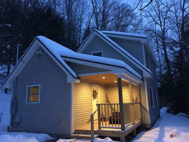 Brand New lake Home Plymouth VT  killington /okemo - Plymouth - Haus