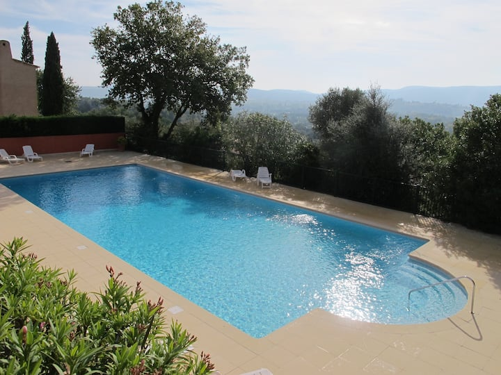 Villa nr St Tropez, pool, aircon, wifi, parking