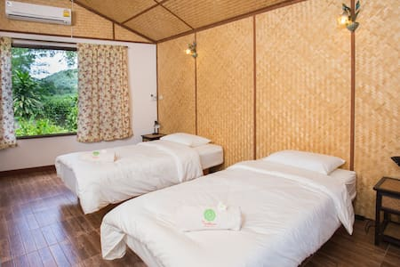 WaterBed Rm@Museflower Retreat&Spa - Wiang Chai - Bungalow
